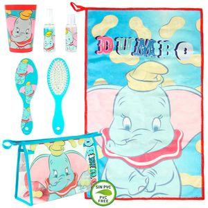 Set toaletnog pribora slonić Dumbo sadrži: toaletnu torbicu, plastičnu čašu, četku, mali ručnik od mikrovlakana i 2 spremnika za šampon.  Dimenzije: 23x15,5x8cm