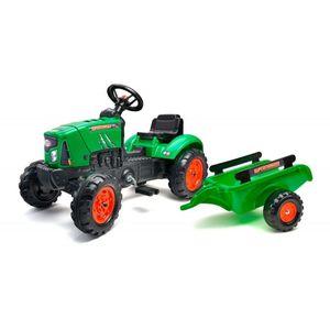 Ovaj prekrasan traktor Falk Supercharger u zelenoj boji izgleda točno poput pravih traktora. U prtljažniku se može nositi sve – od igračaka do pijeska i sijena, a u slučaju kvara motora hauba se čak može i otvoriti! Plastični kotači su vrlo izdržljivi, a prikolicu je vrlo lako povezati i odspojiti. Traktor Falk pogodan je za djecu od 2 godine, s maksimalnom težinom od 30 kilograma. Toot toot, javite svima da dolazite iza ugla!