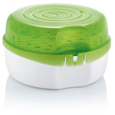 <p>Mikrovalni sterilizator sigurno sterilizira do 6 bočica u pet minuta, proizvod ostaje sterilan u zatvorenom sterilizatoru do 24 sata. </p> <p>Proizvod je primjeren za većinu mikrovalnih pećnica, pogodan i za sterilizaciju u hladnoj vodi. </p> <p>Bez...