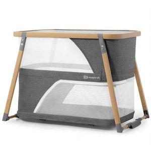 SOFI je funkcionalni prijenosni krevetić 4u1 koji se koristi kao dječji krevetić, putni krevetić, igraonica i kolijevka za ljuljanje.