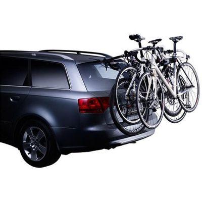 Preklopni nosač bicikla s pametnim značajkama, savršen za karavane i vozila s petim vratima (za 3 bicikla) Svi dijelovi u dodiru s vozilom i biciklima omotani su gumom radi dodatne zaštite Jednostavno se postavlja na vrata prtljažnika s jedinstvenim preklopnim sustavom Molimo da kompatibilnost navedenog nosača bicikla s Vašim vozilom provjerite prije dodavanju u košaricu   u Thule vodiču