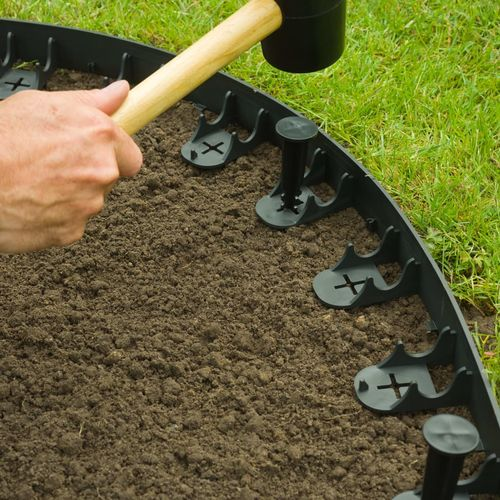 Nature vrtne granične ivice i klinovi za učvršćivanje crni slika 7