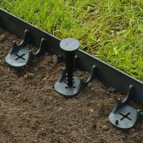 Nature vrtne granične ivice i klinovi za učvršćivanje crni slika 11
