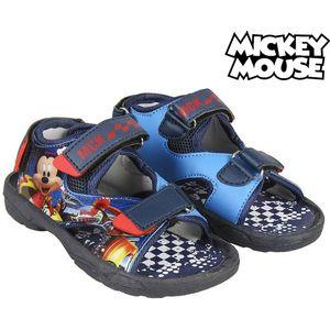 <html><html><html>Djeca zaslužuju najbolje, zato vam predstavljamo <b>Sandale za Dječje Mickey Roadster 73653</b>, savršen za one koji traže kvalitetne proizvode za svoje mališane! Nabavite <b>Mickey Roadster</b> po najboljim cijenama!Sastav: PoliesterTaban: PVCVrsta pr...</html></html></html>