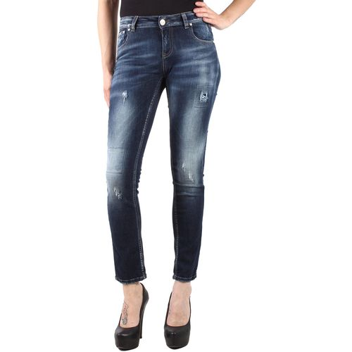 Sexy woman jeans žene slika 1