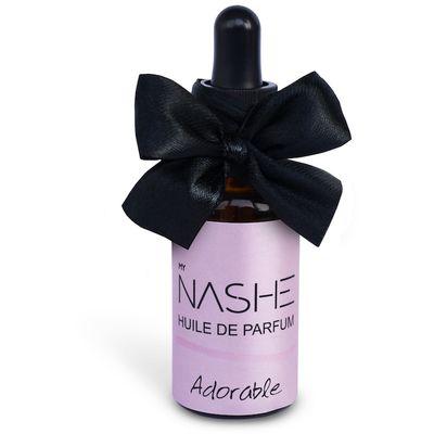 Dugotrajno parfemsko ulje sa cvjetnim mirisom irisa, mandarine i egzotične orhideje.