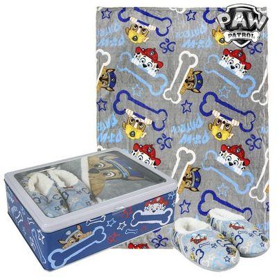 <html><html><html>Djeca zaslužuju najbolje, zato vam predstavljamo <b>Metalna Kutija s Dekom i Papučama The Paw Patrol 73671</b>, savršen za one koji traže kvalitetne proizvode za svoje mališane! Nabavite <b>The Paw Patrol</b> po najboljim cijenama!Boja: SivaSadrži: Kuć...</html></html></html>