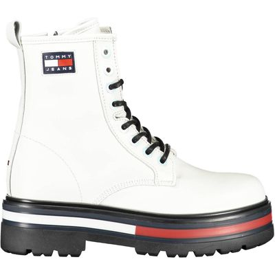 boot with laces, side zip, contrasting sole, contrasting details, logo