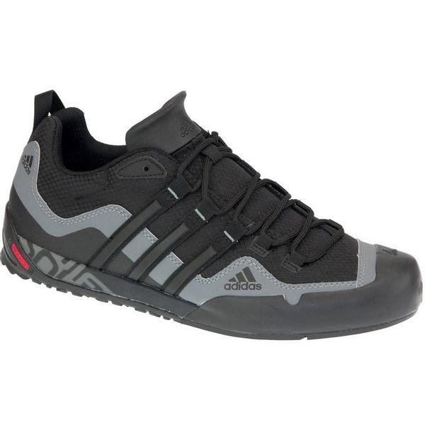 Adidas Terrex Swift Solo D67031 idealne su tenisice za aktivnosti na otvorenom, planinarenje i trčanje po neravnim terenima u svim vremenskim uvjetima.