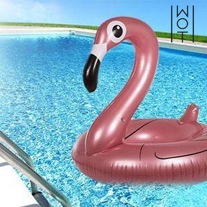 Ne propustite najmodernije artikl na napuhavanje za plažu ili bazen i nabaviteFlaminga na Napuhavanje Summer Wagon Trend! U ovoj fantastičnoj i zabavnoj igrački na napuhavanje uživat će i mali i veliki. www.wagontrend.com Izrađen od...