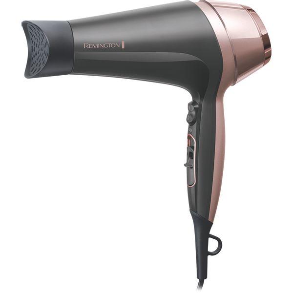 Zrak ima novi oblik zahvaljujući sušilu za kosu Remington Curl & Straight Confidence. S 3 mlaznice za oblikovanje, ovo sušilo za kosu omogućuje vam sigurno stvaranje savršenog izgleda svaki put. Kreirajte živahnu fen frizuru kao iz salona s našom jedinstvenom mlaznicom za uvijanje kose i četkom promjera 45 mm koja zahtijeva minimalnu razinu vještine, pružajući najbolje rezultate. Ako želite glatku i ravnu kosu, upotrijebite ekstra široku, tanku mlaznicu za ravnanje kose, a za prirodno kovrčavu kosu tu je čak i difuzor koji naglašava vaše prirodne uvojke ili kovrče. Omogućujući vam profesionalne rezultate sušenja, sušilo za kosu Curl & Straight Confidence ima snažan protok zraka od 90 km/h i keramičku rešetku...