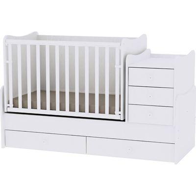 Soba koja raste s Vašim djetetom. Od kolijevke koja se ljulja s komodom za previjanje do kreveta, noćnog ormarića i radnog stola za mlade, ali i mnogo više.