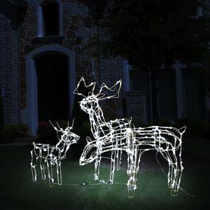 Sa svojim snažnim LED lampicama, ovaj privlačni osvijetljeni božićni prikaz u obliku 3 soba savršen je za ukrašavanje vrta, balkona i unutarnjeg životnog prostora. Zaslon je napravljen od PVC-a i ima čelični okvir. Osobit dizajn privući će pažnju...
