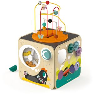 Velika i raznobojna aktivna kocka sadrži 8 različitih aktivnosti. S jedne strane kocke nalazi se rotirajući mlin pun drvenih jaja različite veličine. Mlin se okreće uz pomoć ručkice, a okretanje gumba na kojem je mjesec proizvodi zvuk...