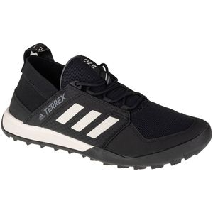 Mens trekking shoes